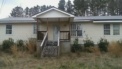 REAL ESTATE INVESTOR'S SPECIAL- 3BED RM/ 2BATH HOME  $37,900.00 or Best Offer