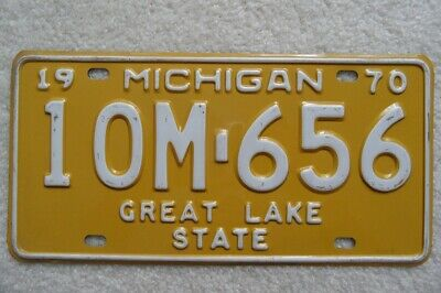 Michigan 1970 Manufacturer License Plate – Look