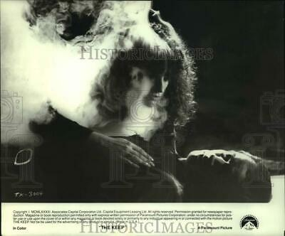 """1983 Press Photo Alberta Watson and Scott Glenn in Paramount Pictures """"The Keep"""""""