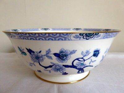 Beautiful Antique Royal Grafton Porcelain Blue & White Bowl ~ Circa 1957