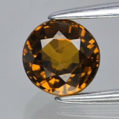 1.00ct 5.5mm Round Natural Greenish Yellow Mali Garnet, Madagascar