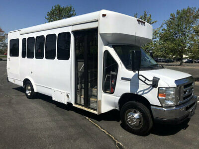 New Style Reconditioned 6.8L V-10 Gas Shuttle Bus W/Wheelchaiir Lift 99k Miles