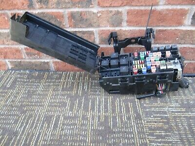 08 09 2008 2009 Mercury Sable Engine Fuse Box Relay Junction Block 8G1T-14A003