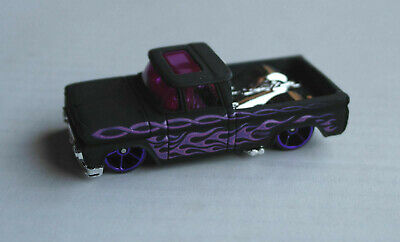 Hot Wheels 1962 Chevy Chevrolet Pickup Custom mattschwarz Flammen Flames HW ´62