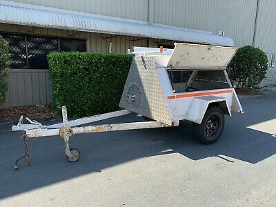 Allight Tradesman Enclosed Trailer Braked Single Axle 6x4 ft w/ Rack - 1999