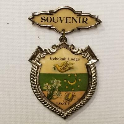 Rebekah Lodge IOOF Souvenir Pin 1905 Independent Order of Odd Fellows Pinback