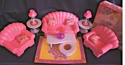 FANCY LIFE DOLLHOUSE Furniture LIVING ROOM W/ Loveseat PLAYSET FOR BARBIE(22004)
