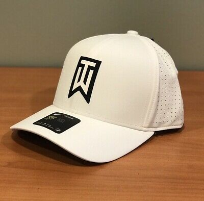 f703f3948d9 Nike TW Tiger Woods Aerobill Classic 99 Fitted Golf Hat White Black M L