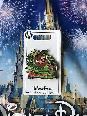 Disney Parks Spring Break 2019 The Lion King Pumbaa Timon LE Pin In Hand