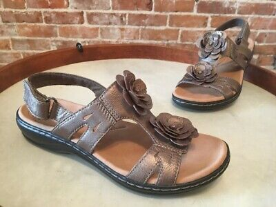 7cc9ed5100f0 CLARKS LEISA CLAYTIN Leather Lightweight Comfort Sandals Womens 12 W ...