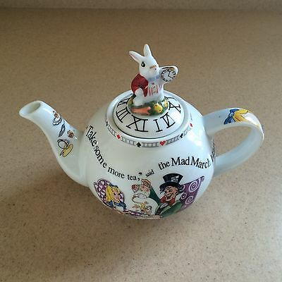 150th Edition Paul Cardew Alice in Wonderland Teapot 2 Cup 18 oz White Rabbit