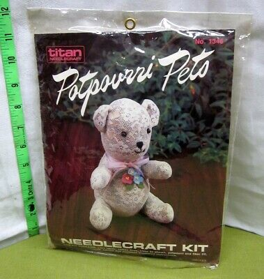 POTPOURRI PETS needlecraft kit Teddy Bear lace décor Titan 1985 vtg NWT
