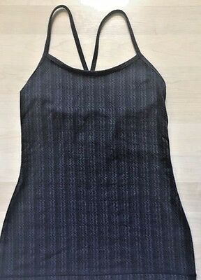 c46fe5ec788e06 LULULEMON Power Y Tank Top Ziggy Wee Gray Stripe size 6 EUC Shelf Bra Yoga  Gym