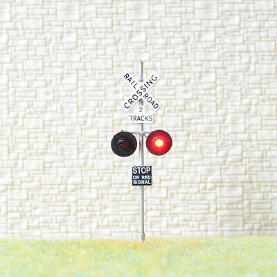 1 x OO Scale 2 tracks railroad grade crossing signal LED made 2 target silver