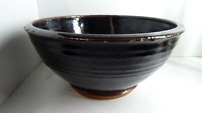 Large Australian Pottery Bowl Signed To Base Petruccelli
