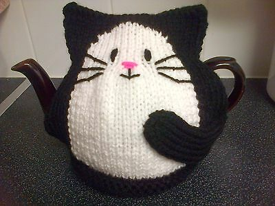 Cat Tea Cosy Hand knitted New black large for 2 pint pot