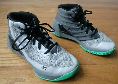 280afda4752b Under Armour UA Stephen Curry 3 Youth Basketball Shoes Size 2.5Y Grey Green