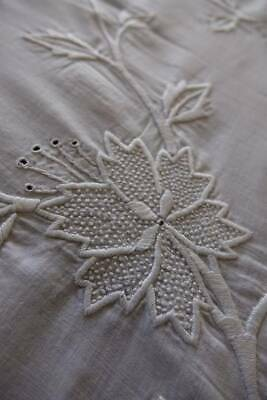 Lovely antique white tablecloth bedspread raised satin & seed stitch embroidery