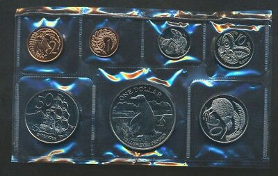 New Zealand: 1988 Brilliant UNCIRCULATED Set with 38mm Bird $1 Penguin