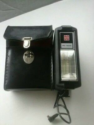 National PE -182S Flash Unit With Hard Case