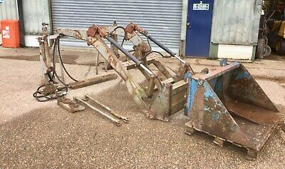 Massey Ferguson Tractor Mf35 Loader Quick Release Twin Tipping Rams Complete