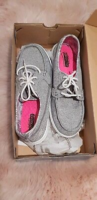 NEW Women's Skechers, On The Go, Goga Mat Technology, Sz 8.5, Boat Shoes