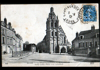 BLOIS (41) RESIDENCES & CATHEDRALE , Place SAINT-LOUIS animée en 1922