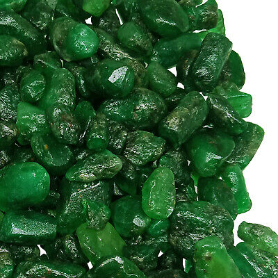 Green Natural Emerald Gemstone Rough Quality MUZO Colombian 143.94 Ct Rough Lot