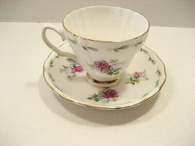Royal Vale Fine bone china Tea Cup and saucer rose pattern