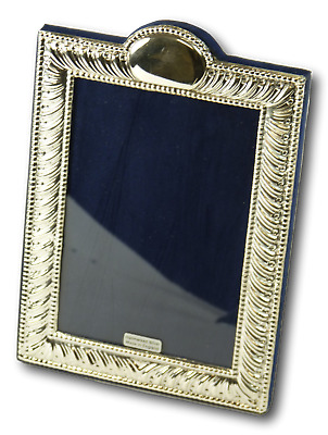 New - Sterling Silver - Antique Style TRADITIONAL Photo / Picture Frame - 5 1/2""
