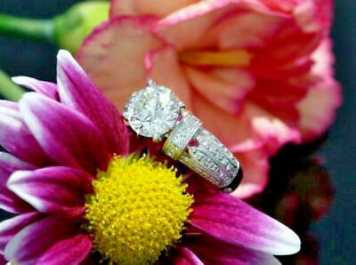 Certified 3.5Ct Round Cut White Diamond Solitaire Engagement Ring 14K White Gold
