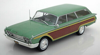 1:18 Model Car Group Ford Country Squire with wood look 1960