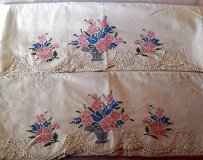 Vintage Floral Basket Hand Embroidered Crochet Pair Pillow Cases completed PC41