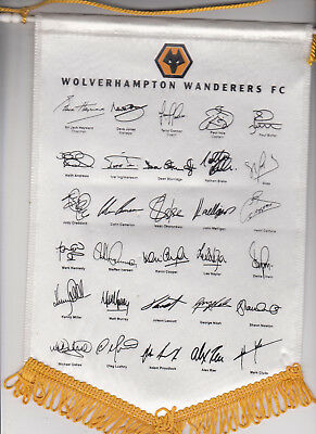 Fanion / Wimpel / Pennant Wolverhampton Wanderers 2003 with players signatures