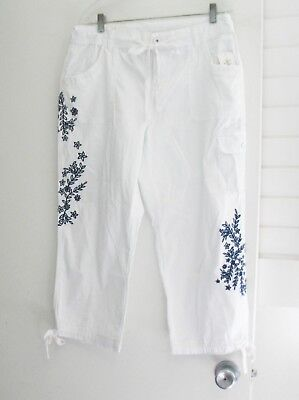 Style&Co. Womens Embroidered Cropped Cargo Capri Pants Bright White Sz 12 - NWT