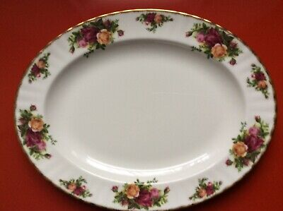 Royal Albert old country roses oval plate 13.5 inches x 10.5 inches Ex