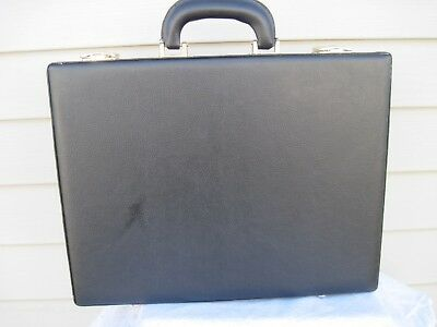 Vintage Black Leather Look Padded Hard Shell Attache Brief Display Case With Key