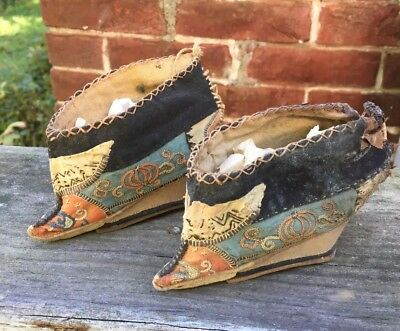 3fbb508031712a ANTIQUE Chinese Foot Bind Bound Feet Lotus Shoes Handmade Hand embroidery