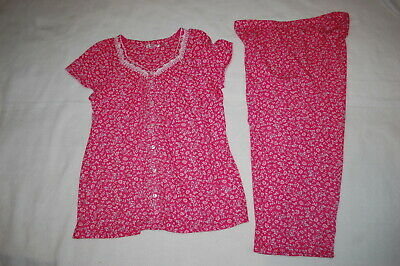 Womens Pajamas Set PINK w/ SMALL FLOWERS Knit V-Neck Button Top & Capris M 8-10