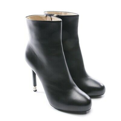 96c7f81fa66 Chanel Bottines Taille D 39 Noir Femmes Chaussures Boots Neuf Talons Hauts