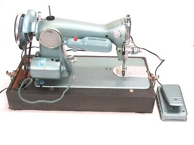 Vintage Diplomat Precision Built Sewing Machine, Deluxe 195