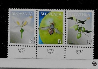 SLOVENIA Sc 643a NH STRIP of 2005 - FLOWERS - INSECTS