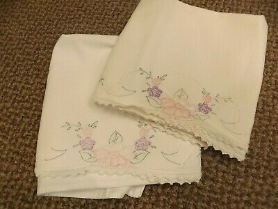 Vtg Hand Embroidered Crocheted Dainty Florals White Cotton Pillowcases Set Pair