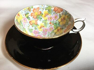 Windsor Bone China Cup/saucer England    Black/floral Chintz