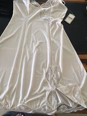NEW with tag HILTON petticoat FULL SLIP straw beige Size 12 bust 85cm
