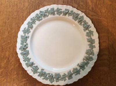 "Wedgwood embossed Queensware shell edge celadon on cream 10 1/4"" dinner plate"