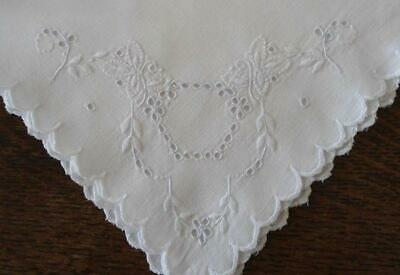 """Vintage Madeira Linen Tablecloth Set Broderie Eyelet Embroidery Floral Swirl 86"""""""
