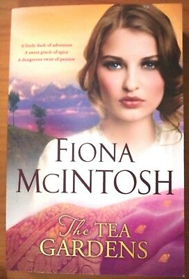 The Tea Gardens, by Fiona McIntosh - 9780143797289