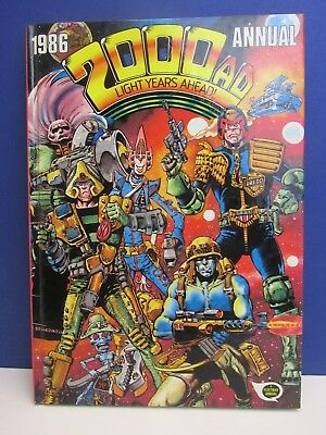 old vintage JUDGE DREDD 2000AD ANNUAL STORY BOOK 1986 HARDBACK fleetway 51z