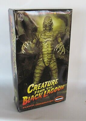 CREATURE FROM THE Black Lagoon Aurora Model Box & Instructions